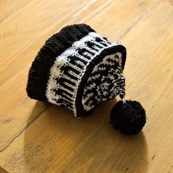 Merino wool black and white baby hat