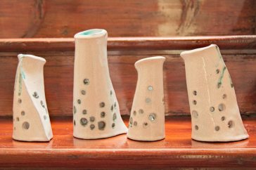 Ceramic candles with terracotta, crackling glaze and oxide