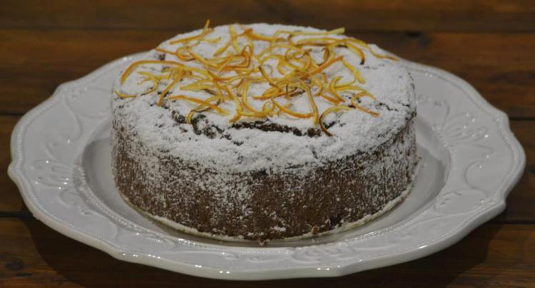 Carrot cake with orange